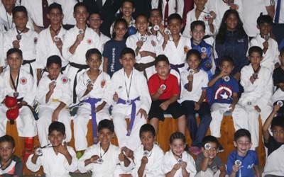 """120 ATLETAS INFANTILES FUERON PREMIADOS EN EL 1ER CAMPEONATO """"SAMBIL KARATE DO"""""""