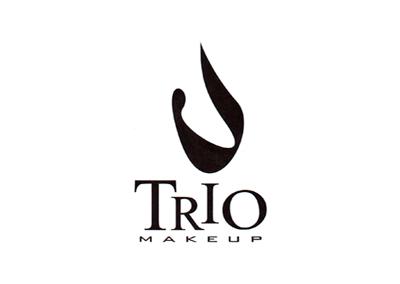 TRIO MAKEUP