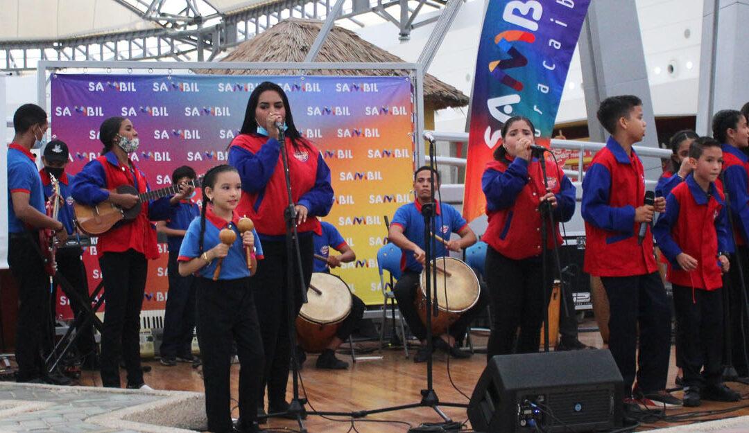 Sambil Maracaibo recibió con Gaita a la Virgen Chiquinquirá